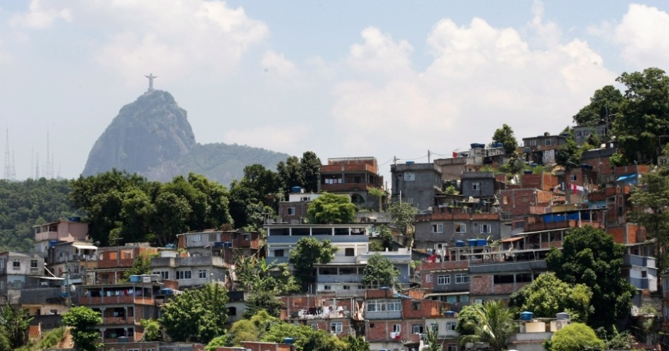 Babilonia_Favela_1